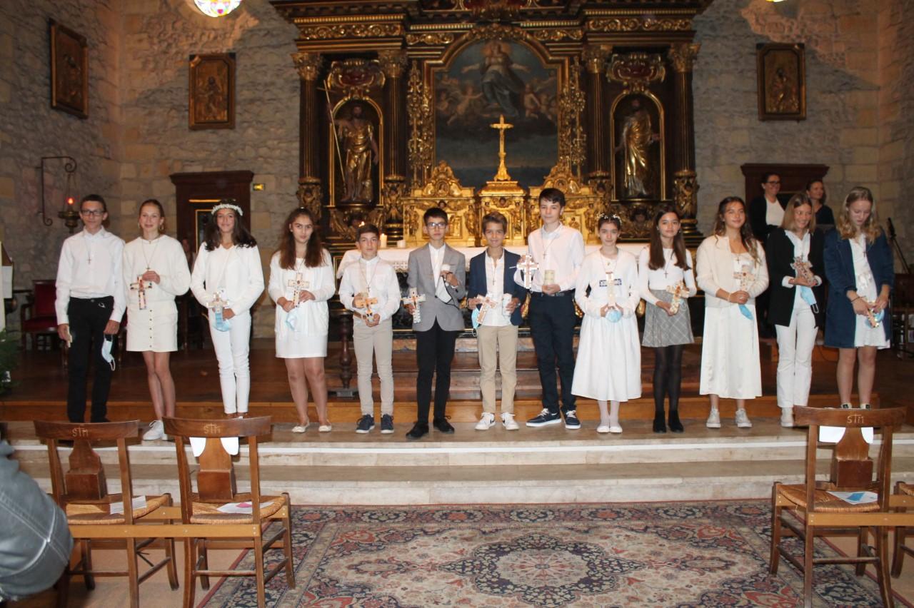 Célébration pour les premières communions au collège Jeanne d'Arc Assomption